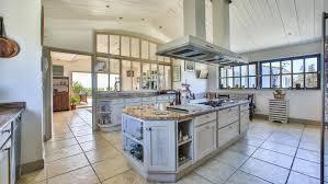 cuisine maison a vendre la villa la plus chère de l île de ré est à vendre