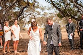 bush wedding dress carissa lachlan s relaxed and rustic sa bush wedding weddings