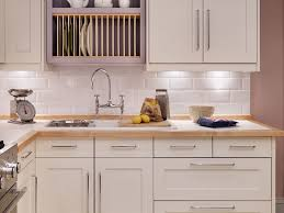 Kitchen Cabinet Trim by Shaker Style Cabinets Kitchen Home Decoration Ideas
