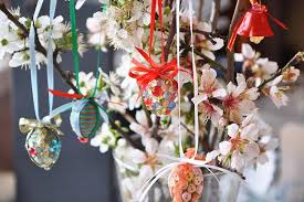 easter egg tree decorations 12 diy easter home decorating ideas simple yet creative