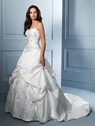 alfred angelo wedding dress this is my wedding dress shhh saul hasnt seen it its in the
