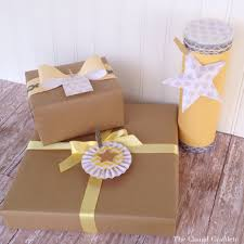 pretty gift wrapping ideas the casual craftlete a creative