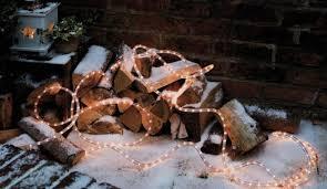 8 naturally beautiful christmas outdoor decorations