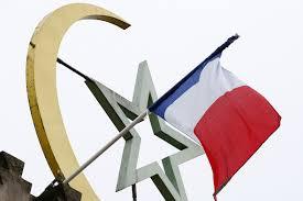 Paris Flag Paris Attacks Tricolour Flags Are Raised Across France In Tribute
