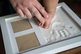amazon com bubzi co baby clay handprint u0026 footprint photo frame