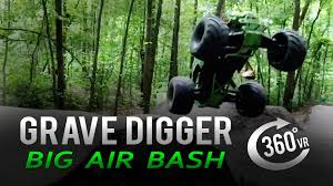 grave digger 30th anniversary monster truck toy grave digger rc monster truck big air bash in 360 vr youtube