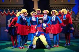 Shrek The Musical Theluvvie