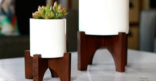 Knock Off Modern Furniture by Remodelaholic How To Build Modern Tabletop Planters