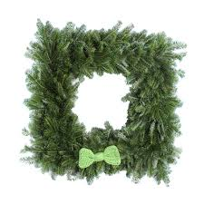 30 inch crochet bow tie square wreath snowgreens