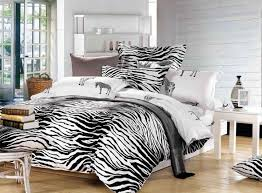 Animal Print Bedroom Decor Zebra Print Room Decor With Bedroom Wall And Accessories Ideas