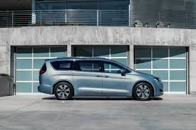 black friday car lease deals 2017 chrysler pacifica arriving lease deals and finance offers