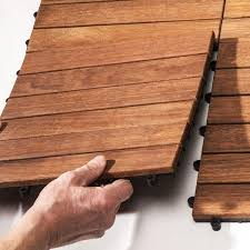 pavimenti in legno x esterni parquet pvc pavimenti in pvc effetto legno con listoni legno per