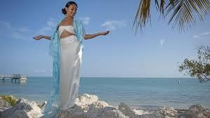top 3 u0027island goddess u0027 beach wedding dress ideas midriff baring
