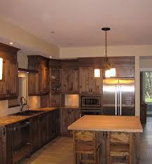 armoire de cuisine en pin armoires cuisine bois de pin bois de pin
