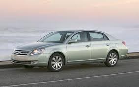 toyota avalon models used 2005 toyota avalon sedan pricing for sale edmunds