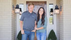 chip and joanna gaines get a shocking phone call guess who