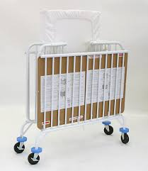 la baby deluxe holiday metal crib u2013 is it the best portable baby crib