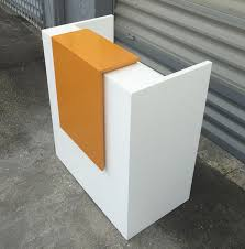 Gloss White Reception Desk Modern Custom Reception Desk In White Gloss Lacquer Finish With