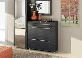 Schlafzimmer Schrank Geringe Tiefe Eine Kommode Im Flur Spiegelt Die Schmalen Tiefe 30 Cm Möbel