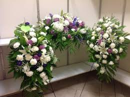 flower for funeral spirit of funeral flower package two easel one casket