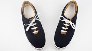 shoelace length guide 2 easy ways to straight lace shoes wikihow