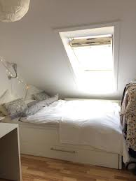Ideen Neues Schlafzimmer Schlafen Unter Der Dachschräge Ist Etwas Schönes Es Sorgt Für
