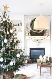 Simple White Christmas Decorations by 956 Best Christmas Images On Pinterest Christmas Ideas
