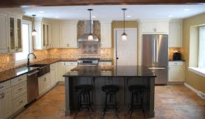 kitchen cabinets door styles pricing cliqstudios cambridge traditional raised panel overlay cabinets
