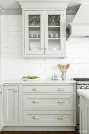 white kitchen cabinet hardware ideas home design best 25 kitchen cabinet knobs ideas on