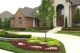 Green Home Designs by Exterior Design Expanse Green Grass With Paperbark Maple And Acme