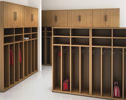 armadietti spogliatoio legno armadietto spogliatoio in legno standard per edifici pubblici