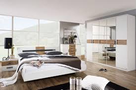 Schlafzimmer Komplett Modern Nauhuri Com Schlafzimmer Weiß Komplett Neuesten Design