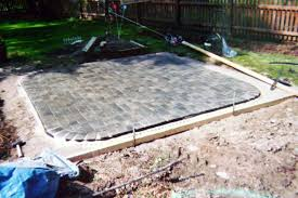 Cheap Backyard Patio Ideas by Patio Designs With Pavers