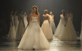 Sell Your Wedding Dress Sell Your Designer Wedding Dress At Gillian Million Gillian Million