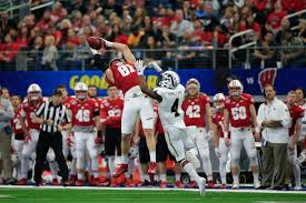 Wiscons by Cotton Bowl Wisconsin Wins 24 16 To Give Western Michigan Its