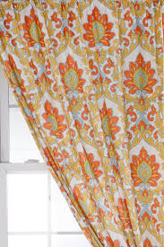 Pier One Paisley Curtains by 15 Best Bay Windows Images On Pinterest Bay Windows Dining Room