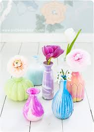 How To Paint A Glass Vase With Acrylic Paint Learn How To Marble The Inside Of Glass Vases With Acrylic Paint