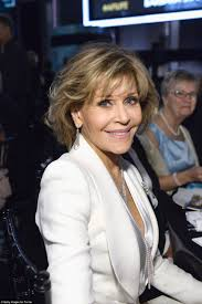 photos of jane fonda s klute hairdo jane fonda is selling her stunning beverly hills home for 13