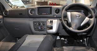nissan van nv350 file nissan nv350 caravan interior jpg wikimedia commons
