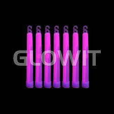 glow sticks 25 glowsticks 150mm x 15mm purple glowit