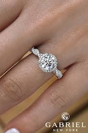 classic engagement rings images 36 classic engagement rings for the timeless bride oh so perfect jpg