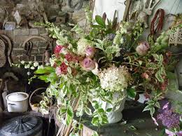 Wedding Flowers August Soft Colours For This August Wedding Rough Acre Bed And