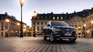 renault koleos 2017 renault koleos suv makes european debut in paris