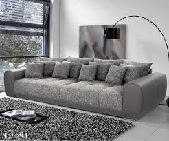 Wohnzimmer Ideen Graue Couch Wandfarbe Zu Grauer Couch Latest Affordable Vorzglich Wohnzimmer