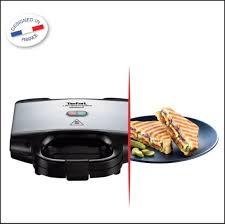 Tefal Sandwich Toaster Buy Tefal Ultra Compact 700 Watt Sandwich Maker Metallic Grey