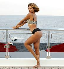 skimpy swimwear for 2014 motionblaze beyonce is bootylicious in skimpy bikini bottoms