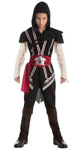 spirit halloween assassin s creed amazon com assassin u0027s creed ezio auditore classic teen costume