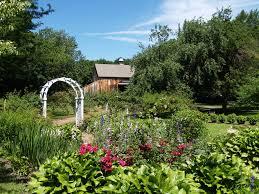 colonial revival garden