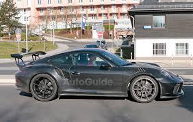 new porsche 911 gt3 rs porsche 911 gt3 rs next to receive facelift autoguide com news