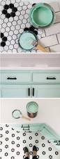Paint Bathroom Tile by Best 25 Mint Green Bathrooms Ideas On Pinterest Green Bathroom